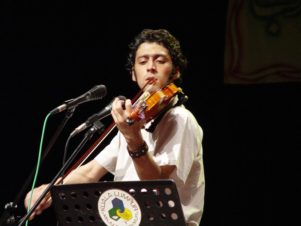 Hossein_Hadisi_Composer_Violinist